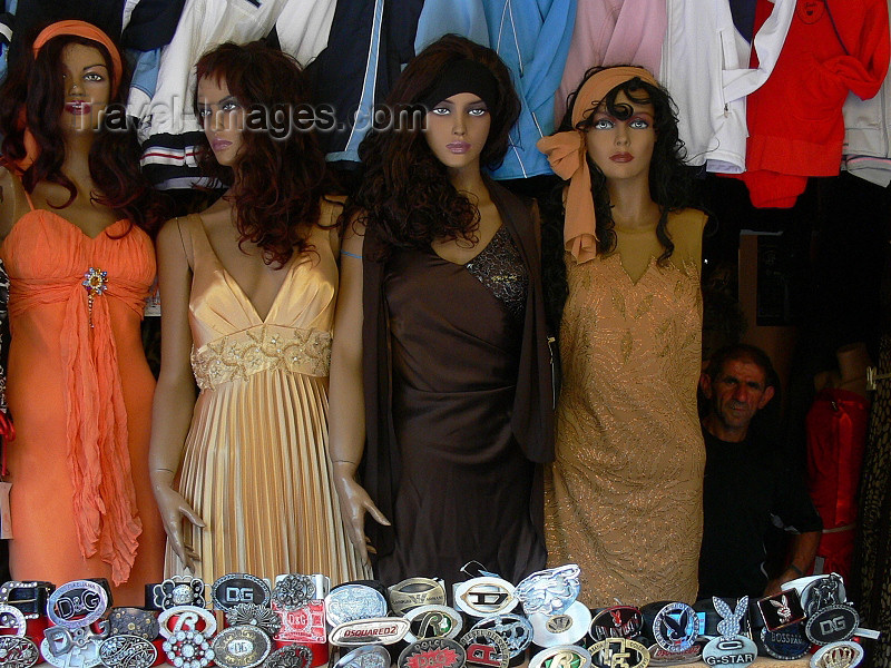 kosovo59: Kosovo - Pec / Peja: showroom dummies - girls / Mannequins / Figurines - photo by J.Kaman - (c) Travel-Images.com - Stock Photography agency - Image Bank