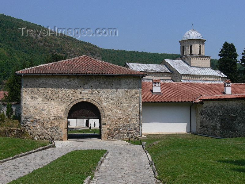 kosovo63: Kosovo - Visoki Decani - Pec district: Visoki Decani Serbian Orthodox Monastery - entrance - UNESCO World Heritage - photo by J.Kaman - (c) Travel-Images.com - Stock Photography agency - Image Bank