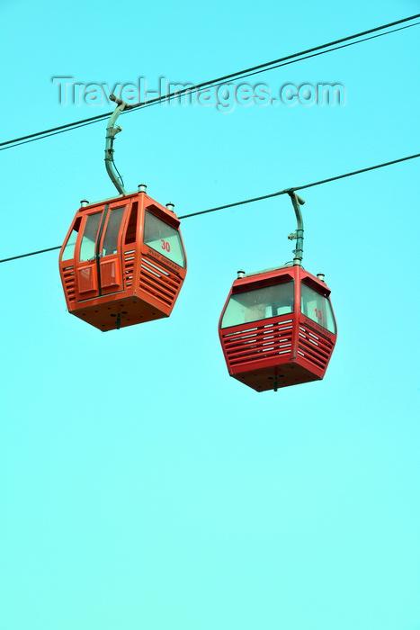 kurdistan60: Erbil / Hewler, Kurdistan, Iraq: Shanadar Park - cable car, the Erbil Teleferique - cables and two cabins against blue sky - photo by M.Torres - (c) Travel-Images.com - Stock Photography agency - Image Bank