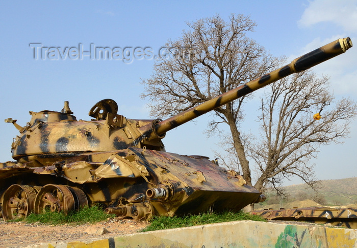 kurdistan98: Shera Swars, Kurdistan, Iraq: wrecked Iraqi army T-55 tanks, destroyed in combat by the Kurdish Peshmerga forces in a battle in 1991 - photo by M.Torres - (c) Travel-Images.com - Stock Photography agency - Image Bank