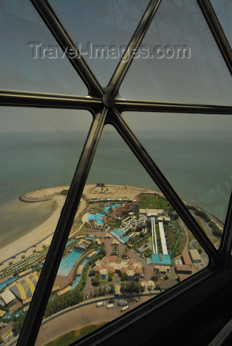kuwait41: Kuwait city: recreation parks seen from Kuwait towers - photo by M.Torres - (c) Travel-Images.com - Stock Photography agency - the Global Image Bank