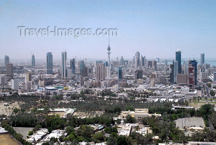 kuwait45: Kuwait city: skyline from Kuwait Towers - photo by M.Torres - (c) Travel-Images.com - Stock Photography agency - the Global Image Bank