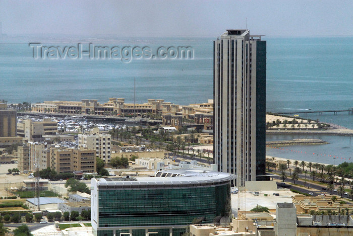 kuwait46: Kuwait city: view over the marina and Souk Sharq - photo by M.Torres - (c) Travel-Images.com - Stock Photography agency - the Global Image Bank