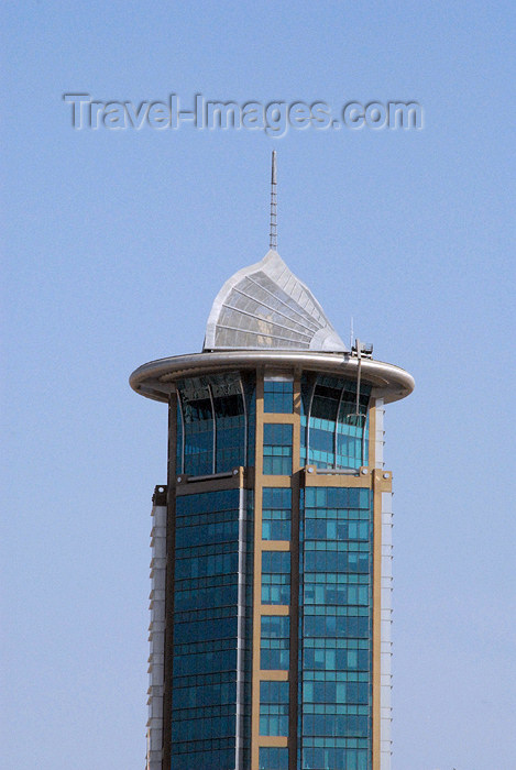 kuwait87: Kuwait city: Dar Al Awadi tower - Ahmad Al-Jaber Street - architect: KEO International Consultants - photo by M.Torres - (c) Travel-Images.com - Stock Photography agency - the Global Image Bank