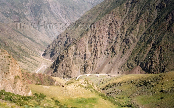 kyrgyzstan11: Kyrgyzstan - Tor-Ashuu Pass - Chuy oblast: at 3600 m - Alatau Range - deforested slopes - switchbacks - photo by G.Frysinger - (c) Travel-Images.com - Stock Photography agency - Image Bank