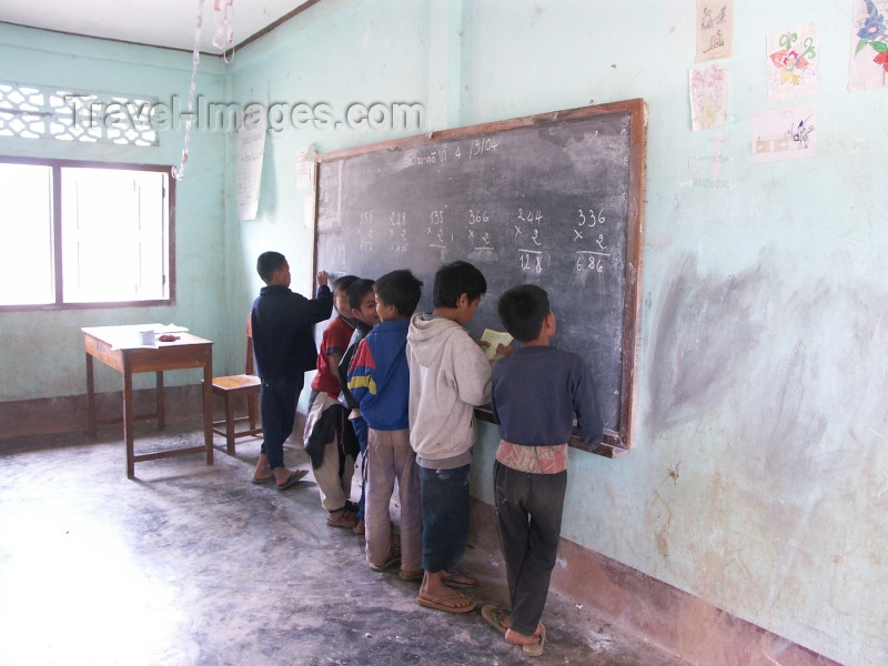 laos40: Laos - Muang Noi: boys at the blackboard - primary school - photo by P.Artus - (c) Travel-Images.com - Stock Photography agency - Image Bank