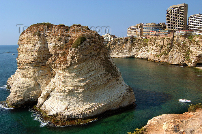 lebanon39: Lebanon / Liban - Beirut / Beyrouth: Pigeon Rocks - Raouché district shore - cliffs - Mediterranean - photo by J.Wreford - (c) Travel-Images.com - Stock Photography agency - Image Bank