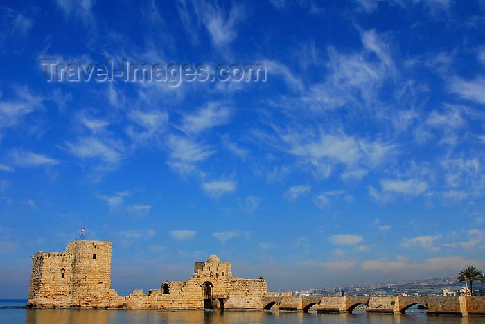 lebanon54: Lebanon, Sidon / Saida: Crusaders fortress - Sidon Sea Castle and its causeway - photo by J.Pemberton - (c) Travel-Images.com - Stock Photography agency - Image Bank