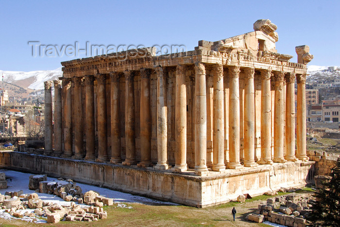 lebanon64: Lebanon, Baalbek: Temple of Bacchus and the the Bekaa Valley - photo by J.Pemberton - (c) Travel-Images.com - Stock Photography agency - Image Bank