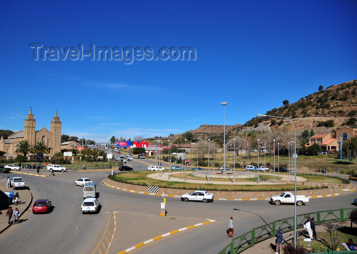 lesotho18: Maseru, Lesotho: Maseru Cathedral Circle with the Catholic Cathedral on the left - start of Kingsway - photo by M.Torres - (c) Travel-Images.com - Stock Photography agency - Image Bank