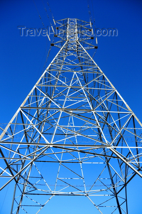 lesotho58: Mohale Dam, Lesotho: electricity pylon - transmission tower against the sky - steel lattice tower - photo by M.Torres - (c) Travel-Images.com - Stock Photography agency - Image Bank