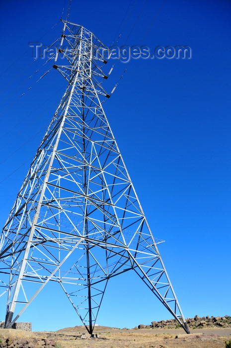 lesotho59: Mohale Dam, Lesotho: electricity pylon - transmission tower - power from the Muela Hydropower Station travels to Maseru - photo by M.Torres - (c) Travel-Images.com - Stock Photography agency - Image Bank