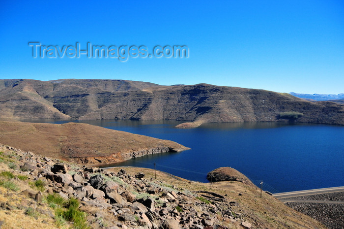 lesotho62: Mohale Dam, Lesotho: view off the reservoir, the water is used mainly to supply South Africa and for energy generation downstream at the Muela Hydropower Station - the total capacity of the reservoir is 938 million cubic meters - photo by M.Torres - (c) Travel-Images.com - Stock Photography agency - Image Bank