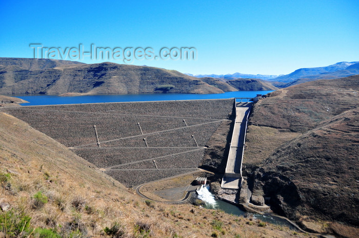 lesotho63: Mohale Dam, Lesotho: rock-fill dams are resistant to damage from earthquakes - part of the Lesotho Highlands Water Project - the volume of rockfill in the wall is 7 million cubic meters - photo by M.Torres - (c) Travel-Images.com - Stock Photography agency - Image Bank