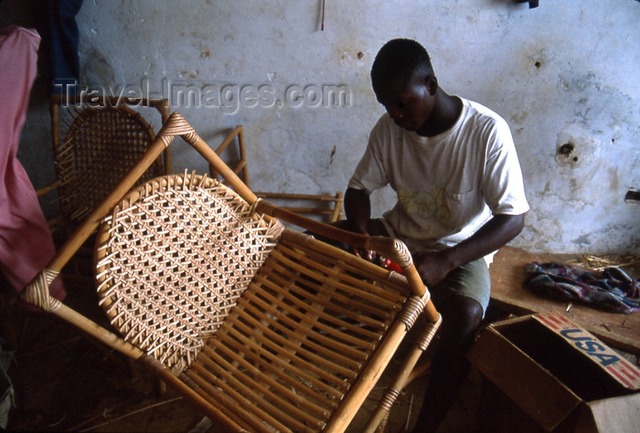 liberia28: Grand Bassa County, Liberia, West Africa: Buchanan - artisan making a bamboo chair - photo by M.Sturges - (c) Travel-Images.com - Stock Photography agency - Image Bank