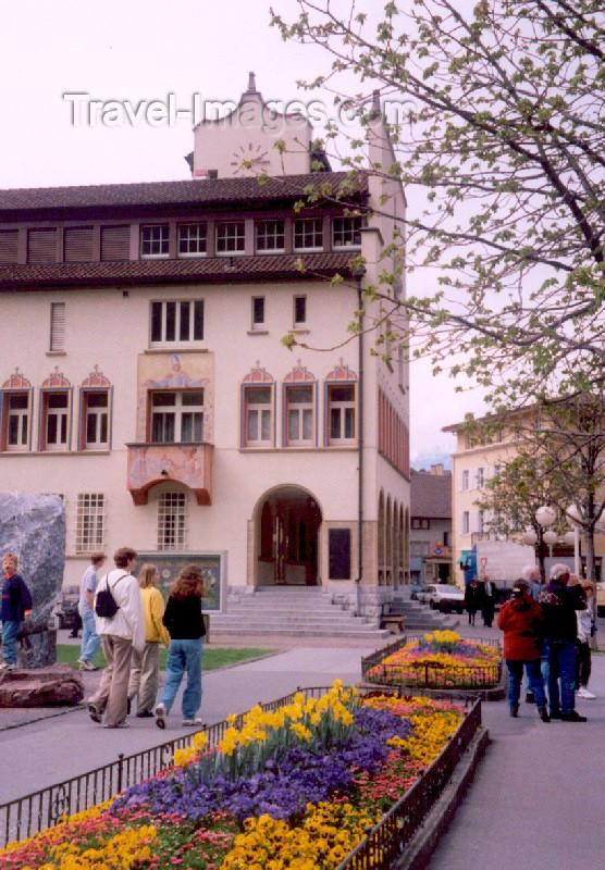 liech9: Liechtenstein - Vaduz: city center - city hall - Rathaus - car-free center (photo by M.Torres) - (c) Travel-Images.com - Stock Photography agency - Image Bank