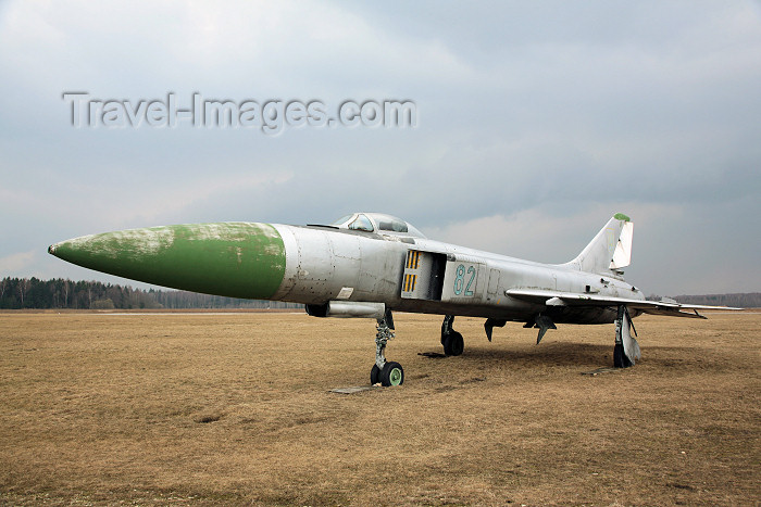lithuan116: Lithuania - Panevezys / Istra airfield (EYPI): Sukhoi SU-15TM - Soviet fighter aircraft - Su-15 - photo by A.Dnieprowsky - (c) Travel-Images.com - Stock Photography agency - Image Bank