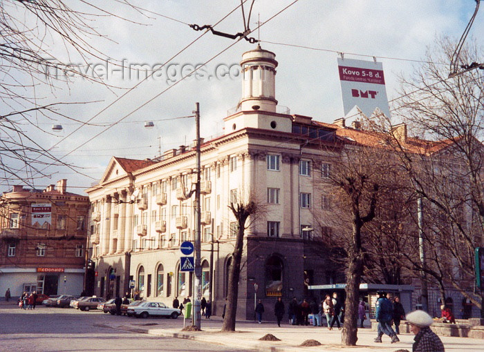 lithuan16: Lithuania - Vilnius: local architecture - photo by M.Torres - (c) Travel-Images.com - Stock Photography agency - Image Bank