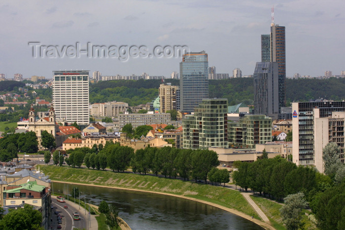 lithuania100: Lithuania - Vilnius: the evolving skyline - river and skyscrappers - business district - photo by A.Dnieprowsky - (c) Travel-Images.com - Stock Photography agency - Image Bank