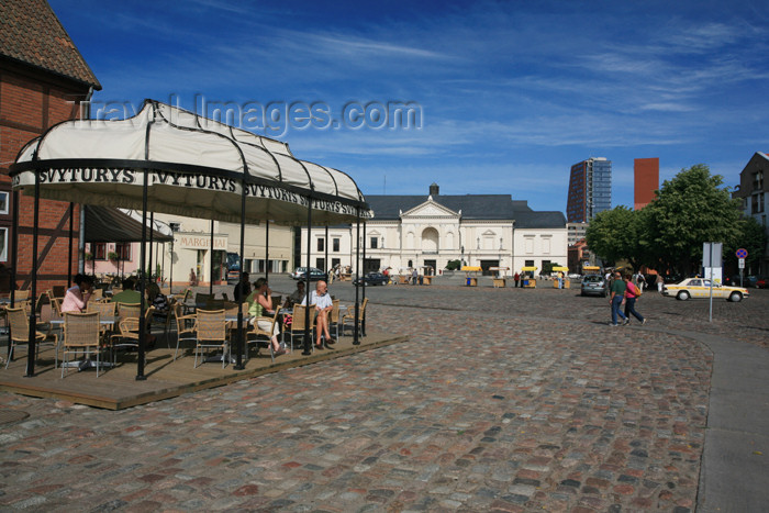 lithuania123: Lithuania - Klaipeda: Theatre square - pedestrian area - photo by A.Dnieprowsky - (c) Travel-Images.com - Stock Photography agency - Image Bank