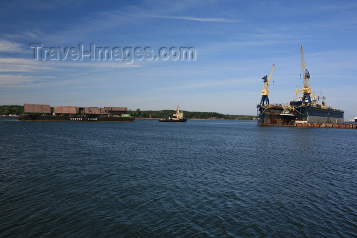 lithuania131: Lithuania - Klaipeda: the Odense near the dry docks - photo by A.Dnieprowsky - (c) Travel-Images.com - Stock Photography agency - Image Bank