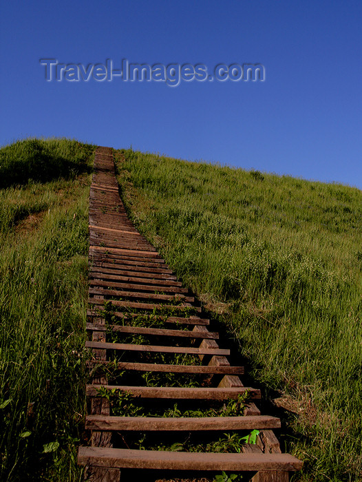 lithuania137: Lithuania - Kernave: stairs on the hills of Cultural Reserve of Kernave - photo by Sandia - (c) Travel-Images.com - Stock Photography agency - Image Bank