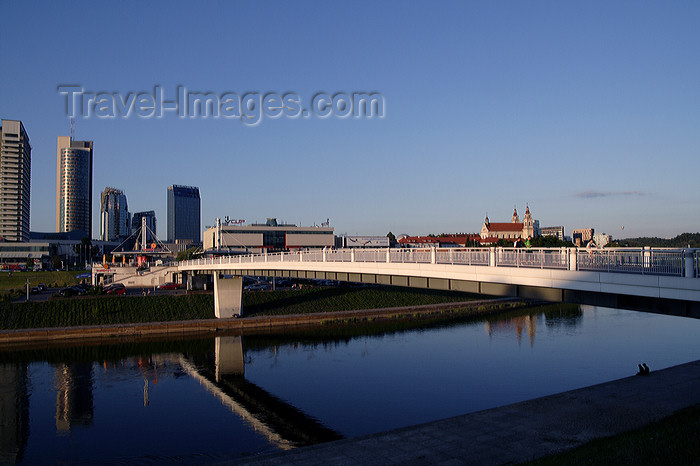 lithuania185: Lithuania - Vilnius: new business area, across the river Neris - photo by Sandia - (c) Travel-Images.com - Stock Photography agency - Image Bank