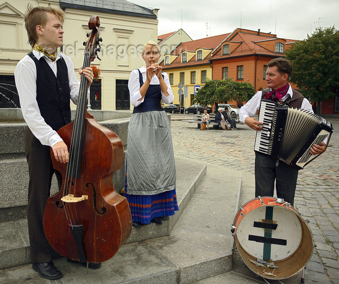 lithuania213: Klaipeda, Lithuania: band on Theatre square - photo by A.Dnieprowsky - (c) Travel-Images.com - Stock Photography agency - Image Bank