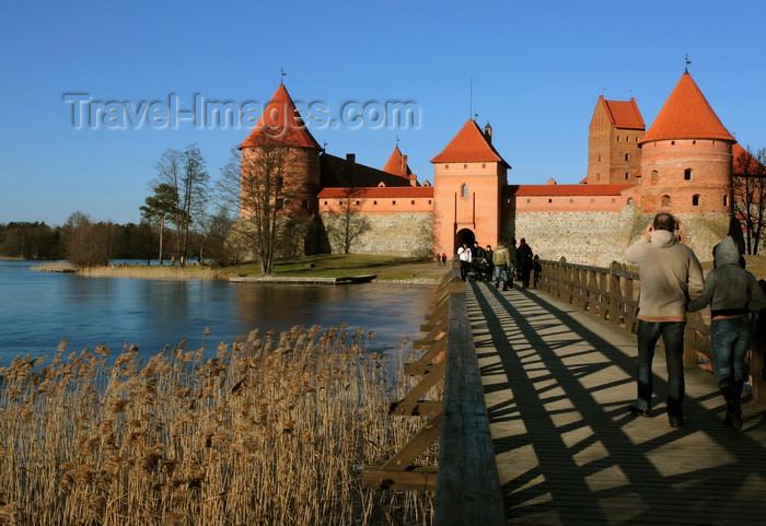 lithuania217: Trakai, Lithuania: Trakai Island Castle - bridge to the main gatehouse - photo by A.Dnieprowsky - (c) Travel-Images.com - Stock Photography agency - Image Bank