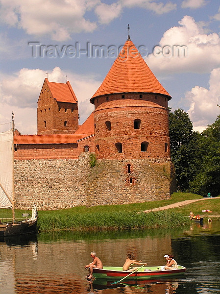 lithuania48: Lithuania / Litva / Litauen - Trakai: Trakai Island Castle - red brick walls - moat - children rowing - photo by J.Kaman - (c) Travel-Images.com - Stock Photography agency - Image Bank