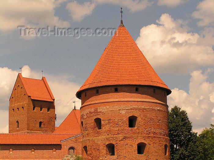 lithuania49: Lithuania / Litva / Litauen - Trakai: Trakai Island Castle - tower - photo by J.Kaman - (c) Travel-Images.com - Stock Photography agency - Image Bank