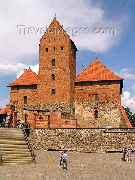 lithuania53: Trakai - Lithuania / Litva / Litauen: Trakai Island Castle - donjon / keep of the Ducal palace - photo by J.Kaman - (c) Travel-Images.com - Stock Photography agency - Image Bank