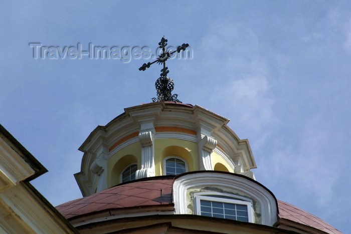 lithuania62: Lithuania - Vilnius: Baroque - Sts. Peter & Paul's Church - the dome's lantern - photo by A.Dnieprowsky - (c) Travel-Images.com - Stock Photography agency - Image Bank