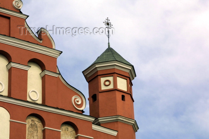 lithuania76: Lithuania - Vilnius: Bernardine Church of St. Francis - Bernardines - Maironio gatve - gable detail / Bernardinu Baznycia - photo by A.Dnieprowsky - (c) Travel-Images.com - Stock Photography agency - Image Bank