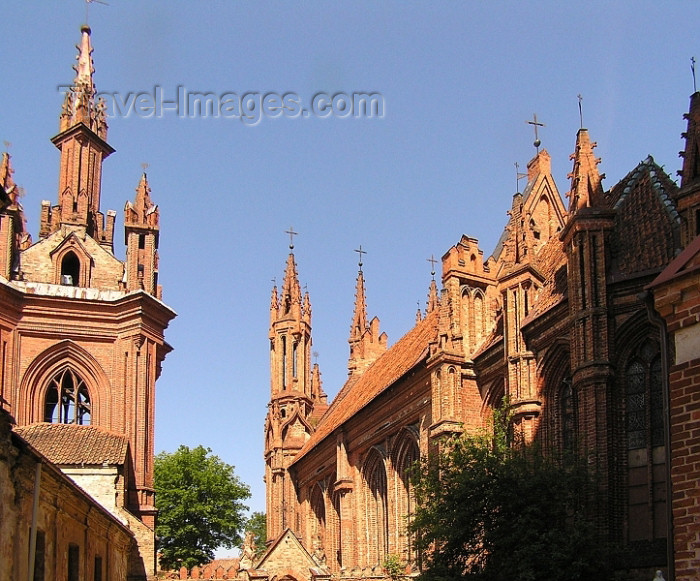 lithuania79: Lithuania - Vilnius: St.Anne's and Bernardine Church Ensemble - photo by J.Kaman - (c) Travel-Images.com - Stock Photography agency - Image Bank