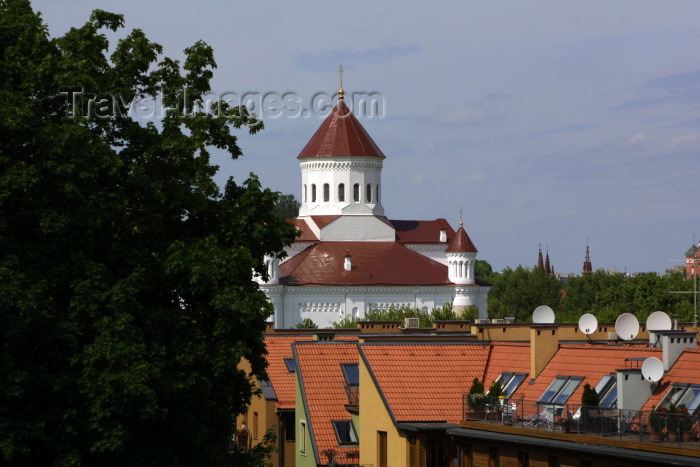 lithuania80: Lithuania - Vilnius: roof and the Holy Mother of God Church Orthodox church - photo by A.Dnieprowsky - (c) Travel-Images.com - Stock Photography agency - Image Bank
