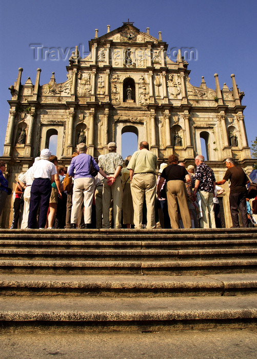 macao4: Macao, China - tourists at the ruins of Sao Paulo Cathedral  - Unesco world heritage - Historic Centre of Macao - turistas nas Ruinas de São Paulo - photo by B.Henry - (c) Travel-Images.com - Stock Photography agency - Image Bank
