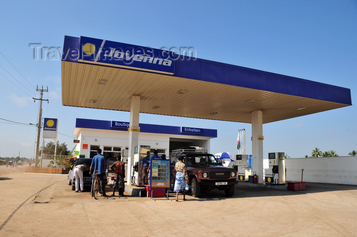 madagascar104: Morondava - Menabe, Toliara province, Madagascar: Jovenna petrol station - essencerie - photo by M.Torres - (c) Travel-Images.com - Stock Photography agency - Image Bank