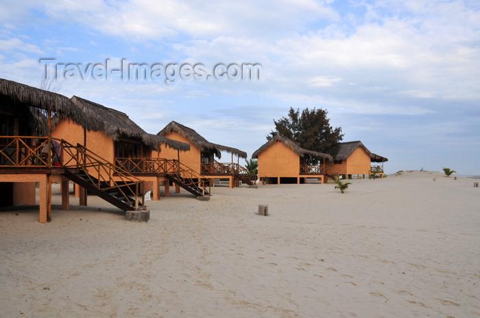madagascar113: Morondava - Menabe, Toliara province, Madagascar: bungalows on the beach - Nosy Kely peninsula - photo by M.Torres - (c) Travel-Images.com - Stock Photography agency - Image Bank