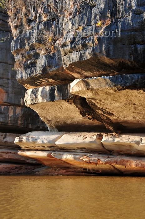 madagascar288: Antsalova district, Melaky region, Mahajanga province, Madagascar: Manambolo River - eroded cliffs and sediment rich water - photo by M.Torres - (c) Travel-Images.com - Stock Photography agency - Image Bank