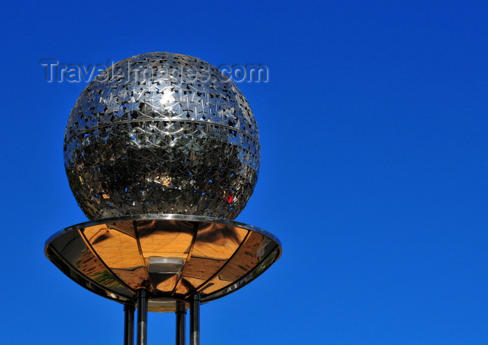 madagascar340: Antananarivo / Tananarive / Tana - Analamanga region, Madagascar: metal sphere - inox plane tree leaves globe located by the lake on the round-about where Mohamed V and Pascal streets meet - photo by M.Torres - (c) Travel-Images.com - Stock Photography agency - Image Bank