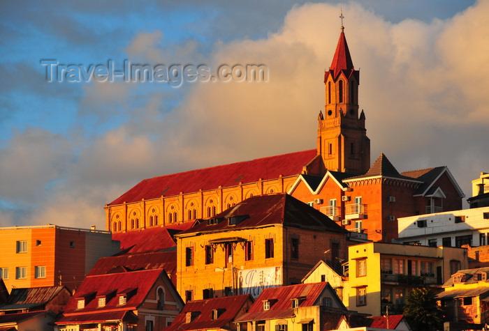 madagascar355: Antananarivo / Tananarive / Tana - Analamanga region, Madagascar: Eglise de Faravohitra - catholic church dedicated to John the Baptist - colline de Faravohitra - photo by M.Torres - (c) Travel-Images.com - Stock Photography agency - Image Bank
