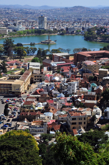 madagascar416: Antananarivo / Tananarive / Tana - Analamanga region, Madagascar: view from the Haute Ville - Ambohidahy district - Anosy Lake, once a swamp, with its War Memorial - Sainte Famille and Saint Michel colleges - Carlton Hotel background - photo by M.Torres - (c) Travel-Images.com - Stock Photography agency - Image Bank