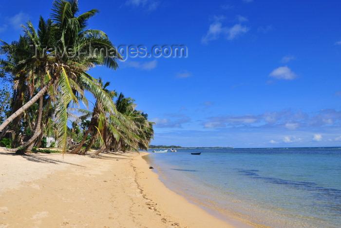 Toamasina Madagascar  City pictures : ... Toamasina province, Madagascar: tropical beach under the coconut trees