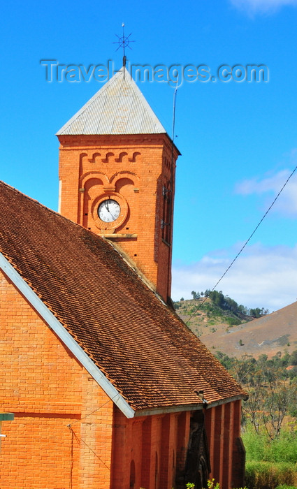 madagascar9: Ambohimanga Rova, Antananarivo-Avaradrano, Analamanga region, Antananarivo province, Madagascar: red brick church at Ambohimanga village - photo by M.Torres - (c) Travel-Images.com - Stock Photography agency - Image Bank