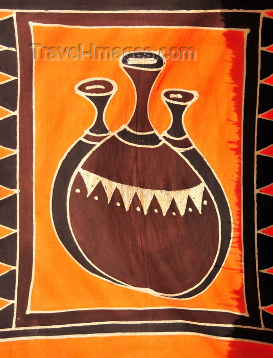 malawi101: Cape Maclear / Chembe, Malawi: traditional printed textile displaying vases- photo by M.Torres - (c) Travel-Images.com - Stock Photography agency - Image Bank