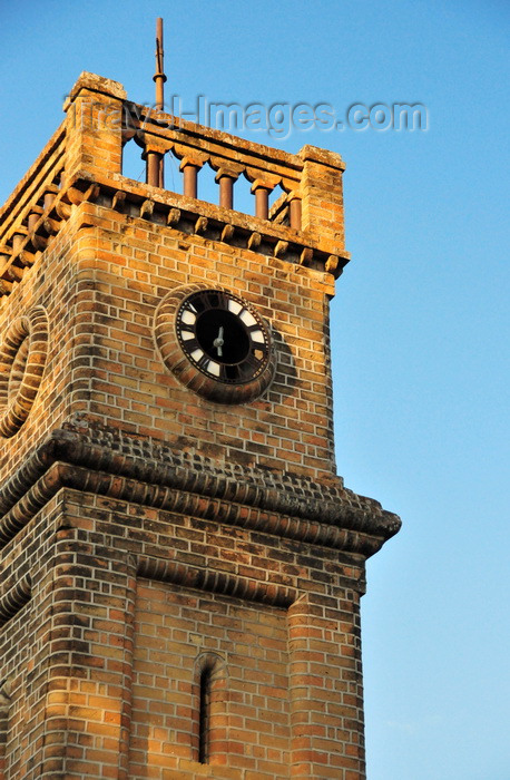 malawi110: Mangochi, Malawi: Queen Victoria Memorial Tower - National Monument - top of the old red brick tower with a dilapidated clock face - photo by M.Torres - (c) Travel-Images.com - Stock Photography agency - Image Bank
