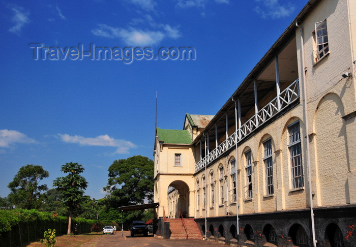 malawi66: Zomba, Malawi: Old Parliament, State House - built in 1901 - photo by M.Torres - (c) Travel-Images.com - Stock Photography agency - Image Bank