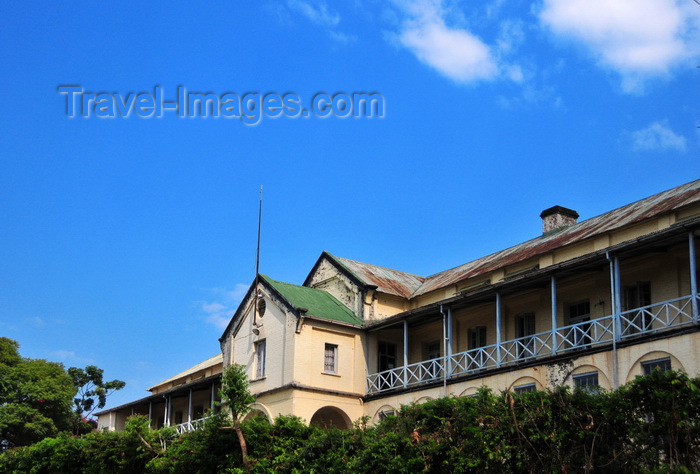 malawi68: Zomba, Malawi: Old Parliament, State House - Zomba was the capital of was the capital of British Central Africa, then Nyasaland and of Malawi until 1975 - photo by M.Torres - (c) Travel-Images.com - Stock Photography agency - Image Bank