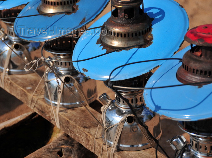 malawi96: Cape Maclear / Chembe, Malawi: kerosene lanterns on a fishing boat, used for nocturnal fishing of the Usipa / lake sardine, a small fish that is drawn to the surface by the lights - photo by M.Torres - (c) Travel-Images.com - Stock Photography agency - Image Bank